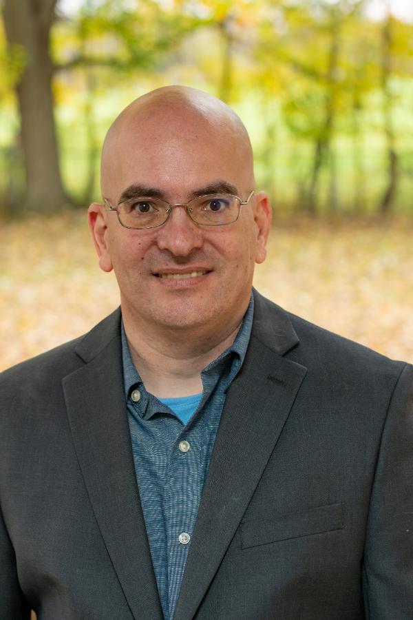 Portrait photograph of Dr. Yore Kedem